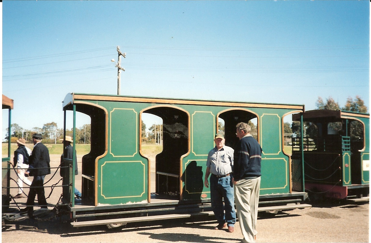 Zoo Train Carriages 2003